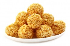 Palline ai rice crispies